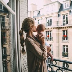 Motherhood is precious. This is a beautiful picture of @amberlfillerup with her son. What a gorgeous image that has been captured for her to look back on. Motherhood is in the small moments.
