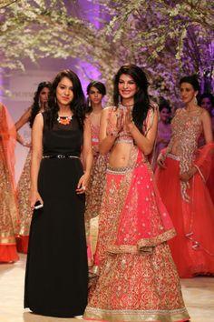 Fashion designer Jyotsna Tiwari Collection @ India Bridal Fashion week 2013.