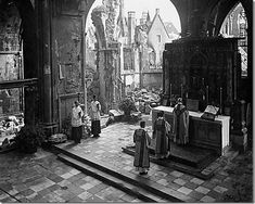 Mass in times of war / Misa en tiempos de guerra