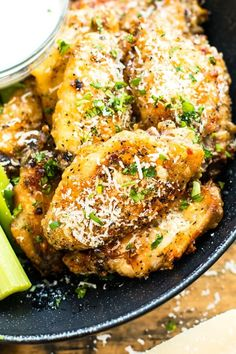 Baked Chicken Wings are tossed in a parmesan and garlic sauce and then baked in the oven. Learn how to bake Parmesan garlic chicken wings that are super crispy and finger lickin' good! Baked Garlic, Garlic Sauce, Parmesan Chicken Wings, Oven Baked Chicken Wings, Keto Chicken Wings, Chicken Breasts, Garlic Parmesan Wings Fried, Oven Wings Crispy, Baked Turkey Wings