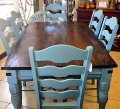 Halcyon Blue Milk Paint for chairs and table base, sealed with new Flat Out Flat Top Coat, then she restyled the top with Java Gel Stain! Blue Kitchen Tables, Painted Kitchen Tables, Farmhouse Kitchen Tables, Dining Room Table, Table And Chairs, Painted Farmhouse Table, Kitchen Table Makeover, Kitchen Decor, French Country Farmhouse