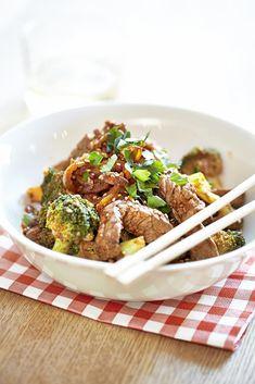 Japchae, Broccoli, Nom Nom, Steak, Food And Drink, Healthy Recipes, Healthy Food, Ethnic Recipes, Foodies
