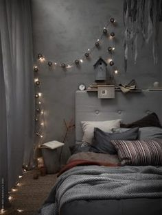 25 Cozy Bedroom Decor Ideas that Add Style & Flair to Your Home - The Trending House Cozy Bedroom, Diy Bedroom Decor, Home Decor, Bedroom Ideas, Gravity Home, Decoration Inspiration, Decor Ideas, Decorating Ideas, Master Bedroom Design
