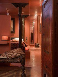A futurist oasis in Marrakech... Dar Sabra Hotel tadelakt