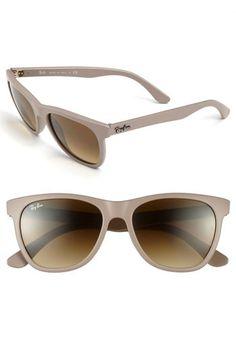 High Street Sunglasses by Ray-Ban Tendências De Óculos, Óculos Feminino,  Beleza Pura c1cff307b4