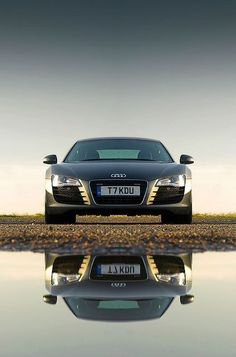 R8 reflections... staring back at me. #kmdtuning