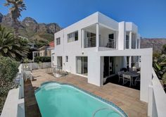Book now private self-catering vacation accommodation. Affordable to luxury Southern Staying South Africa holiday homes, flats, rooms. South Africa Holidays, Catering, Southern, Rooms, Flats, Vacation, Mansions, Luxury, House Styles