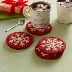 Cheer the holidays with these hand-hooked coasters. Designed by Vermont artist Laura Megroz, handmade of absorbent and protective wool with cotton back. Pattern may vary slightly. Set of dia. Holiday Punch, Christmas Punch, Punch Needle Kits, Punch Needle Patterns, Christmas Rugs, Cabin Christmas, Christmas Decorations, Knit Rug, Weaving Textiles