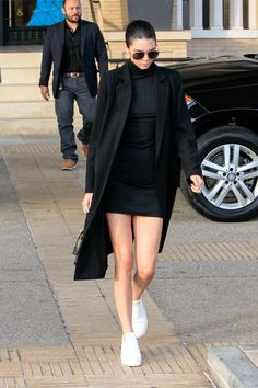 bf45b74ee1c December 10th: Kendall Jenner leaving Barney's New York in Beverly Hills |  more at JENNERGALLERY