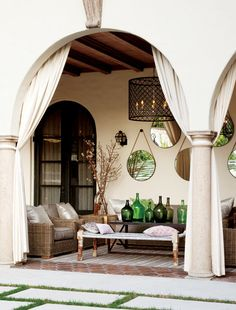 Collection of mirrors in an outdoor space via Style at Home Patio Interior, Home Interior Design, Interior And Exterior, Outdoor Rooms, Outdoor Living, Outdoor Decor, Outdoor Curtains, Outdoor Seating, Indoor Outdoor