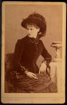 CDV Photo Woman Name Josephine Becker Feather Hat by Danz Berlin Germany 1885