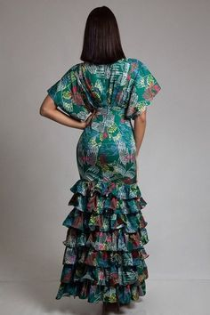 Elegant ruffled styled dress, ethnic printed, kimono sleeves, and jewel bead details. Made with polyester, USA brand. Long African Dresses, African Lace Styles, Latest African Fashion Dresses, African Print Dresses, Short Dresses, African Inspired Fashion, African Print Fashion, African Attire, Classy Dress