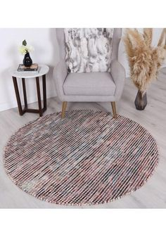 Handmade Round Rugs made by high quality Wool and Cotton materia. Featuring a handwoven flat weave design this wool rug brings a contemporary flair to your home. Home Decor Living Room Modern, Rugs In Living Room, Living Room Decor, Moroccan Design, Machine Made Rugs, Buy Rugs, Scandi Style, Hand Tufted Rugs, Round Rugs