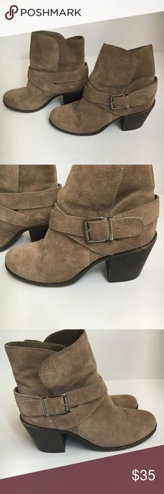 Bcbg boots size 8 Bcbg Aries boots size. BCBG Shoes Ankle Boots & Booties