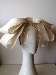 VOGUE BOW by GREER MCDONALD #millinery #judithm #hats