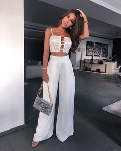 Elegant outfits you could wear for your next gala - Elegant outfits you could wear for your next gala – Gold Girl& Diary You are in the right pl - Night Outfits, Classy Outfits, Sexy Outfits, Chic Outfits, Trendy Outfits, Summer Outfits, Girl Outfits, Girl Fashion, Fashion Dresses