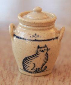 Jane Graber Cat Lidded Jar, 1:12 Scale Miniature Stoneware