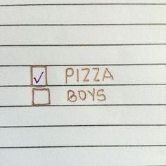 ✔️ // #fringebabes #pizzaislife
