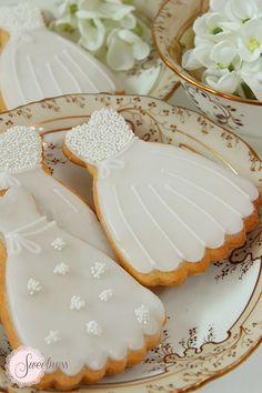 Wedding cookies. Gown cookies. www.sweetnessonline.co.uk