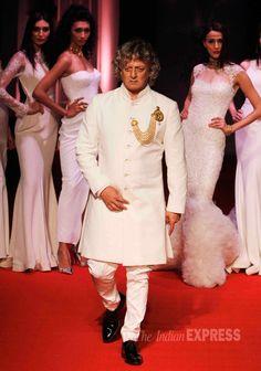 Designer Rohit Bal looks royal on ramp at the BMW India Bridal Week (IBFW) 2014.