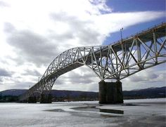 Champlain Bridge http://designbuildsource.ca/2013/02/feds-looking-for-partners-in-replacing-champlain-bridge/#