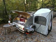 Teardrop camper with changing room
