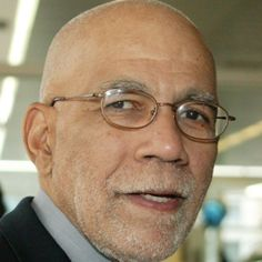 Biography.com presents the distinguished career of journalist and jazz fan Ed Bradley, who gave us the world on TV's 60 Minutes for 26 years.