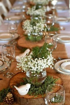 60 Extraordinary Winter Table Decoration You Can Make. Whether it be wedding table settings, black tie or prom, how to dress a table is an important detail to get right and it needn't cost you the e. Winter Centerpieces, Bridal Shower Centerpieces, Simple Centerpieces, Branch Centerpieces, Centerpiece Ideas, Winter Bridal Showers, Baby Shower Winter, Shower Baby, Girl Shower