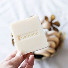 I use our soap on my face pretty much every night. And my hair + body in the morning. And on the kids, and on ze husband when we take a shower together. Ha! Our gorgeous soap is for everyone 👨🏻👩🏻👱🏻👦🏼 Thanks for the pic @otherware 😘