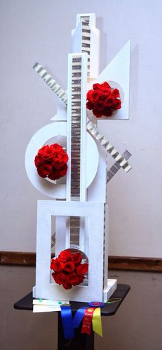 New Garden Club Journal  Construction floral design      flower arrangement