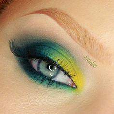 kitulec beauty blog: Sleek Del Mar II - Makeup Tutorial - Bold Bright Green Eyes