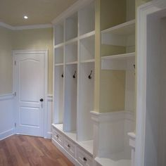 Laundry Photos Mud Room Design, Pictures, Remodel, Decor and Ideas - page 26