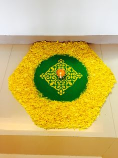 Rangoli Designs Flower, Rangoli Patterns, Colorful Rangoli Designs, Rangoli Ideas, Rangoli Designs Diwali, Flower Rangoli, Beautiful Rangoli Designs, Diwali Decorations At Home, Flower Decorations