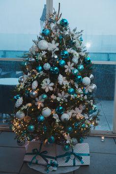 New York City Christmas Tree Marriage Proposal