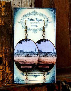 Hand made jewellery with retro motifs of towns and cultural heritages. Made in slovakia. www.retrobijou.com  www.facebook.com/RetroBijou Jewelry Making, Culture, Jewellery, Facebook, The Originals, Retro, How To Make, Handmade, Souvenir