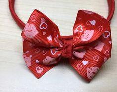 Tiara Vermelha Laço Beijos/Corações