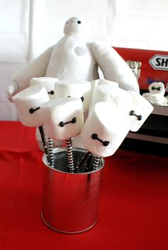 DIY Big Hero 6 Baymax party Visit for more party ideas Disney Birthday, Boy Birthday, Cake Birthday, Birthday Ideas, Birthday Nails, Big Hero 6 Party Ideas, Big Hero 6 Baymax, 6th Birthday Parties, Cakes For Boys