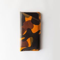 The iPhone Case P.8 in yellow camouflage. Entirely handcrafted in Italy using best veg-tanned leather from Tuscany and a supersoft south tyrolean loden for the lining. Striking the perfect balance between style and functionality. ___________________________________________ #1897pentagram #carryyourstory #iphonecases #iphonecase #iphoneleathercase #iphoneleathercases #iphonesleeve #iphonesleeves #iphoneleathersleeve #iphoneleathersleeves #vegtanleather #vegtanned #vegtannedleather…