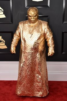 Cee Lo Green on the red carpet. Grammys bring exceptional performances, fashion, and nominees. — with CeeLo Green, Cee Lo Green, Eva Green, Grammys 2017, Grammy Outfits, Los Grammy, Crazy Costumes, Halloween Costumes, Gold Outfit, Red Carpet Looks