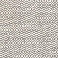 """Schmuck für Ihren Garten: Der Outdoor-Teppich """"Crystal"""" von Dash & Albert verschönert jede Terrasse, Garten oder jeden Balkon. Denn das dezente Rautenmuster in Grau, das an kleine Diamanten erinnert, bringt sofort ein edles Flair in..."""