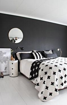 black and white bedroom componibili pia wallen cross blanket black wall - Black And White Bedroom Decor Ideas