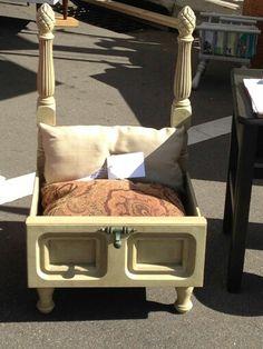 New diy dog house dresser ideas Diy Dog Bed, Diy Bed, Dog House Bed, Diy Dog Crate, Bed With Drawers, Dresser Drawers, Dog Furniture, Dog Rooms, Pet Beds