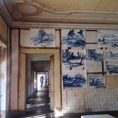 Carpe Diem Arte e Pesquisa Carpe Diem, Lisbon, Installation Art, Exhibit, Watercolors, Wander, Gallery Wall, Places, Instagram Posts