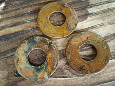 make rusty stuff with vinegar and salt...Altered Alchemy: an experiment - rusting iron (tutorial)