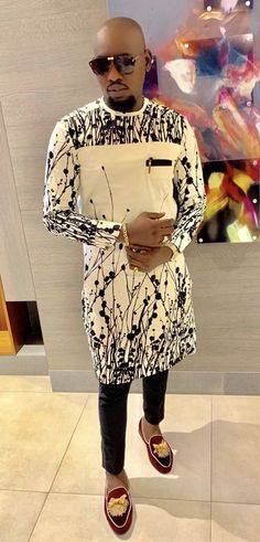 African Wear Styles For Men, African Shirts For Men, African Dresses Men, African Attire For Men, African Clothing For Men, Nigerian Men Fashion, African Print Fashion, Denim Shirt With Jeans, Mens Fashion Wear