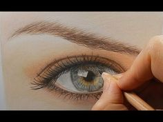 Tutorial | How to draw a realistic eye with colored pencils - YouTube