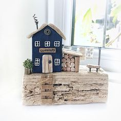 Walking in a Winter Wonderland Driftwood Village Houses at Wood Block Crafts, Wooden Crafts, Wood Projects, Diy And Crafts, Small Wooden House, Wooden Tags, Driftwood Crafts, House Ornaments, Wood Creations