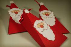 www.miriD.de: Darf ich vorstellen: Herr Clause! Christmas Favors, Christmas Paper Crafts, Christmas Bags, Christmas Activities, Christmas Printables, All Things Christmas, Christmas Decorations, Christmas Ornaments, Xmas