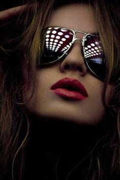 aviators and red lipstick. She's rockin it! #aviator sunglasses #red lipstick