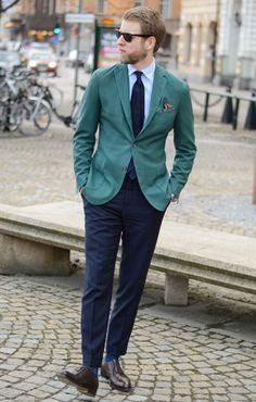 Men's street style, suit look.